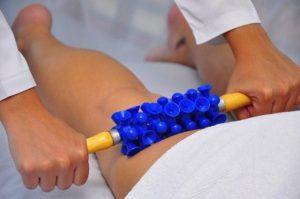 massagem com rolo ventosa para celulite