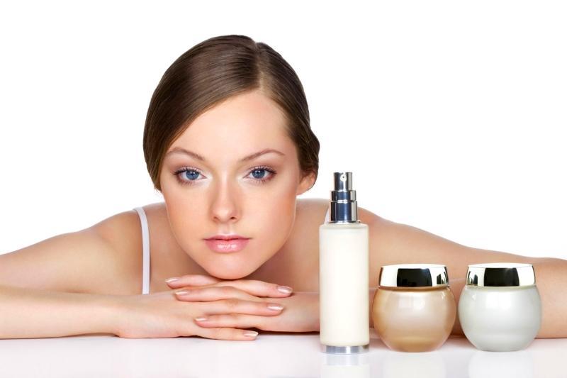 Maquiagem e Acne, veja como usar
