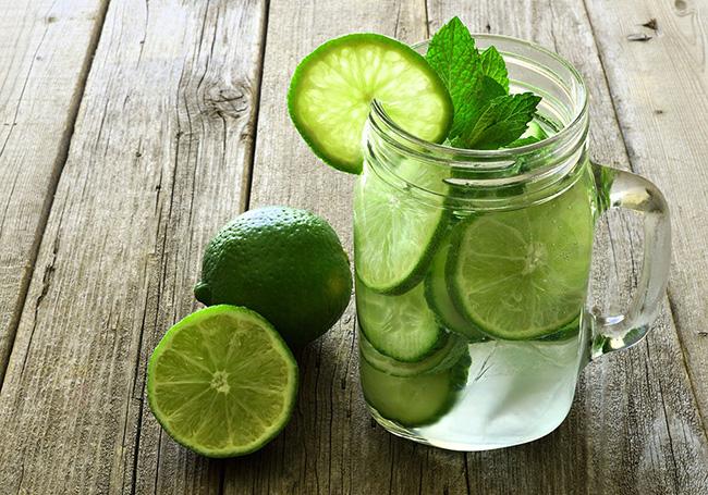 conheça os benefícios da água e limão