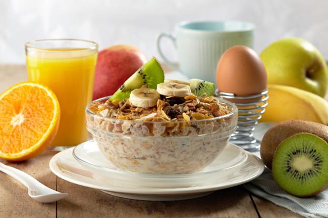 Dicas do que comer no café da manhã e emagrecer