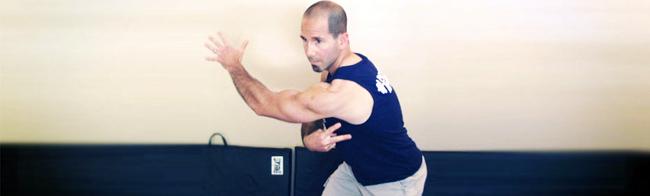 """Joey Atlas, Mestre e Especialista em Fisiologia do Exercício Criador do programa """"Flexibilidade Total"""""""