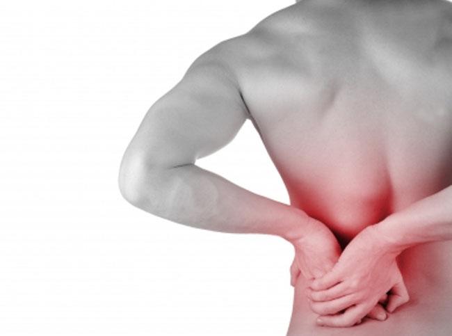 Dores na coluna, sintomas de um possível problema grave